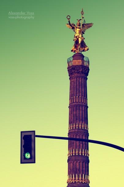 Berlin - Victory Column and Green Traffic Light