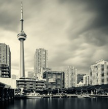 Toronto – Harbourfront Skyline / CN Tower