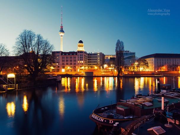 Berlin - Historischer Hafen / Mühlendammschleuse