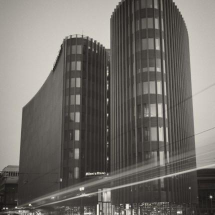 Analoge Fotografie: Berlin – Ernst & Young, Friedrichstrasse