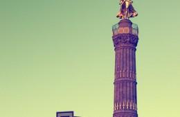 Berlin – Siegessäule und grüne Ampel