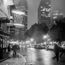 Boston bei Nacht – Union Oyster House