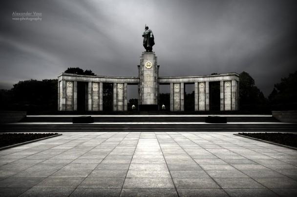 Berlin - Soviet War Memorial Tiergarten