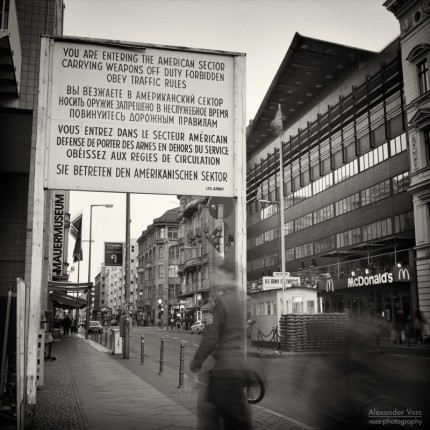 Analoge Fotografie: Berlin – Checkpoint Charlie