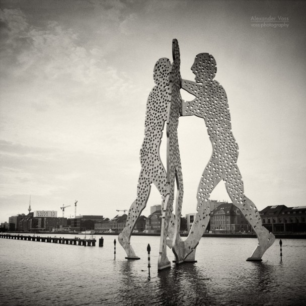 Analog Photography: Berlin - Molecule Man