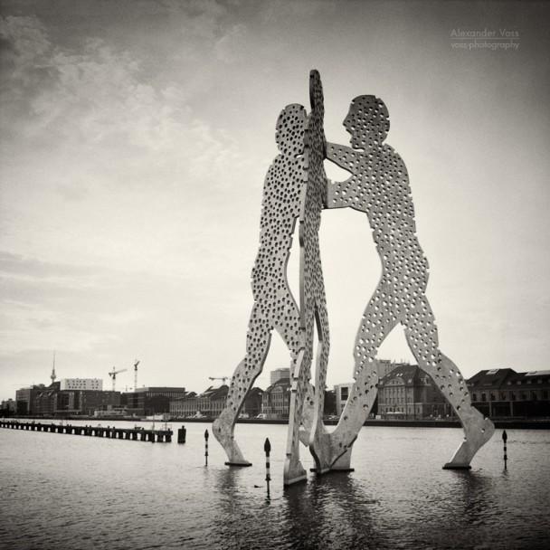 Analog Photography: Berlin - Molecule Man