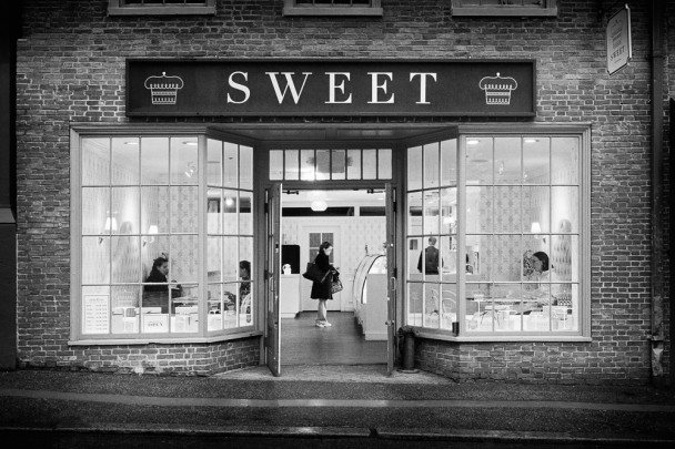 Black and White Photography: Boston - Sweet Cupcakes