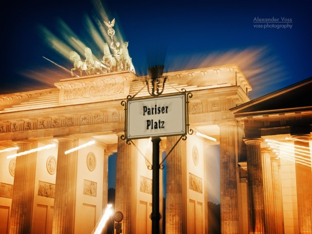 Berlin - Brandenburg Gate / Pariser Platz