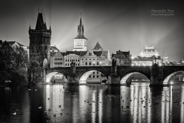 Schwarz-Weiss-Fotografie: Prag - Karlsbrücke