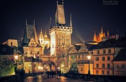 Prag bei Nacht – Karlsbrücke