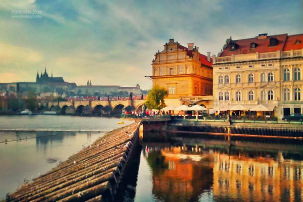 Prag - Moldau und Karlsbrücke