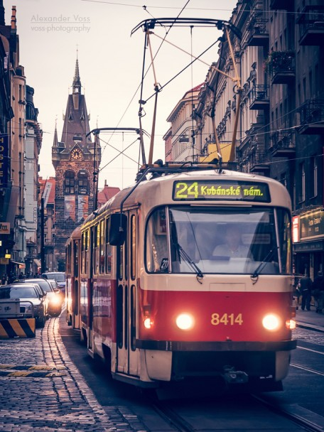 Prag - Strassenbahn / Heinrichsturm