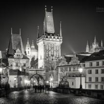Schwarzweiss-Fotografie: Prag bei Nacht