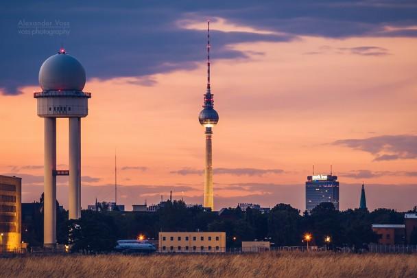 Berlin - Skyline / Tempelhofer Feld