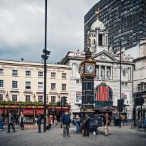 London – Victoria Station