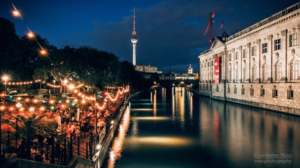Berlin at Night: Strandbar Mitte