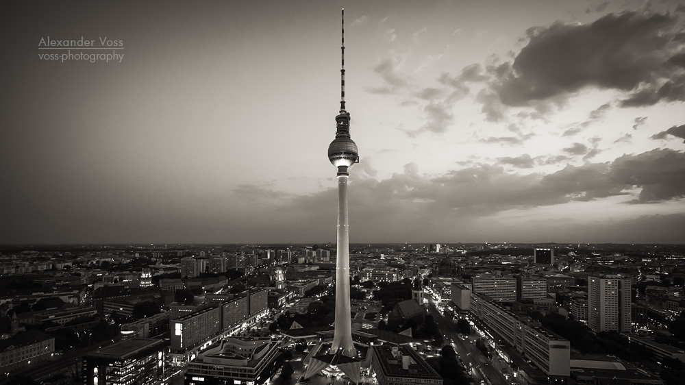 fernsehturm berlin schwarz wei alexander voss fotografie digital analog. Black Bedroom Furniture Sets. Home Design Ideas