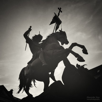 Analog Black and White Photography: Berlin Nikolaiviertel – Saint George