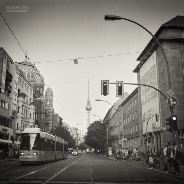 Analog Black and White Photography: Berlin - Oranienburger Strasse