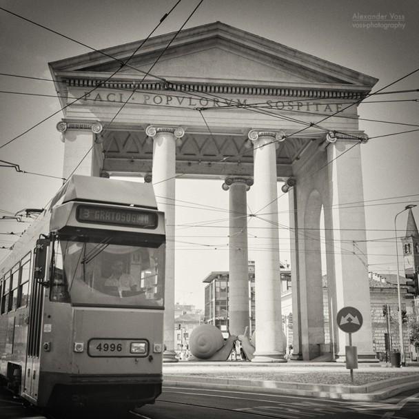 Analoge Schwarzweiss-Fotografie: Mailand - Porta Ticinese