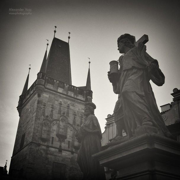 Analoge Schwarzweiss-Fotografie: Prag - Karlsbrücke