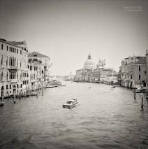 Analoge Schwarzweiss-Fotografie: Venedig – Canal Grande