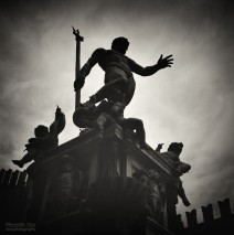 Analoge Schwarzweiss-Fotografie: Bologna – Fontana del Nettuno