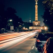 Berlin bei Nacht – Strasse des 17. Juni / Siegessäule