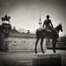 Analoge Schwarzweiss-Fotografie: Berlin – Alte Nationalgalerie