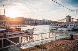 Budapest – Sonnenuntergang an der Kettenbrücke