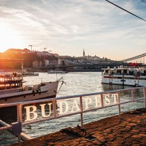 Budapest – Sunset at Chain Bridge