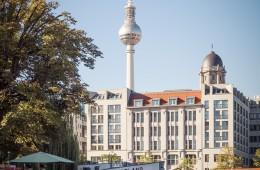 Berlin – TV Tower / Historischer Hafen