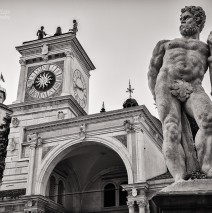 Black and White Photography: Udine – Piazza della Libertà