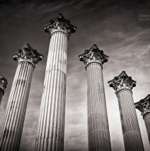 Black and White Photography: Córdoba – Templo Romano