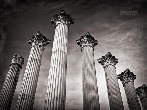 Schwarzweiss-Fotografie: Córdoba - Templo Romano