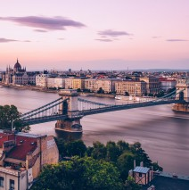 Budapest – Chain Bridge and Danube (Long Exposure)