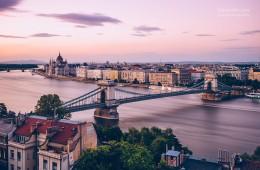 Budapest – Chain Bridge and Danube (Long Exposure)