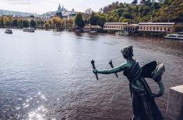 Prague – Vltava River / Cechuv most