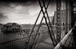 Schwarzweiss-Fotografie: Boston – Northern Avenue Bridge