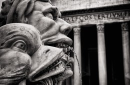Schwarzweiss-Fotografie: Rom – Fontana del Pantheon