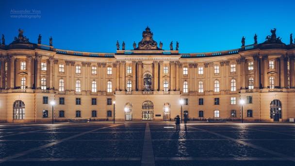 Berlin - Bebelplatz / Alte Bibliothek