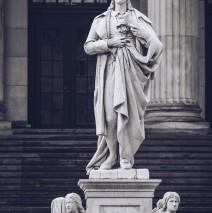 Friedrich Schiller (Berlin – Gendarmenmarkt)