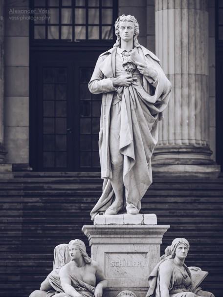 Friedrich Schiller (Berlin - Gendarmenmarkt)