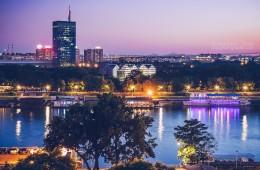 Belgrad – Skyline zur Blauen Stunde