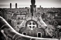 Schwarzweiss-Fotografie: Barcelona Skyline / Park Güell
