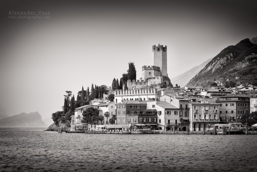 Black and White Photography: Malcesine / Lake Garda