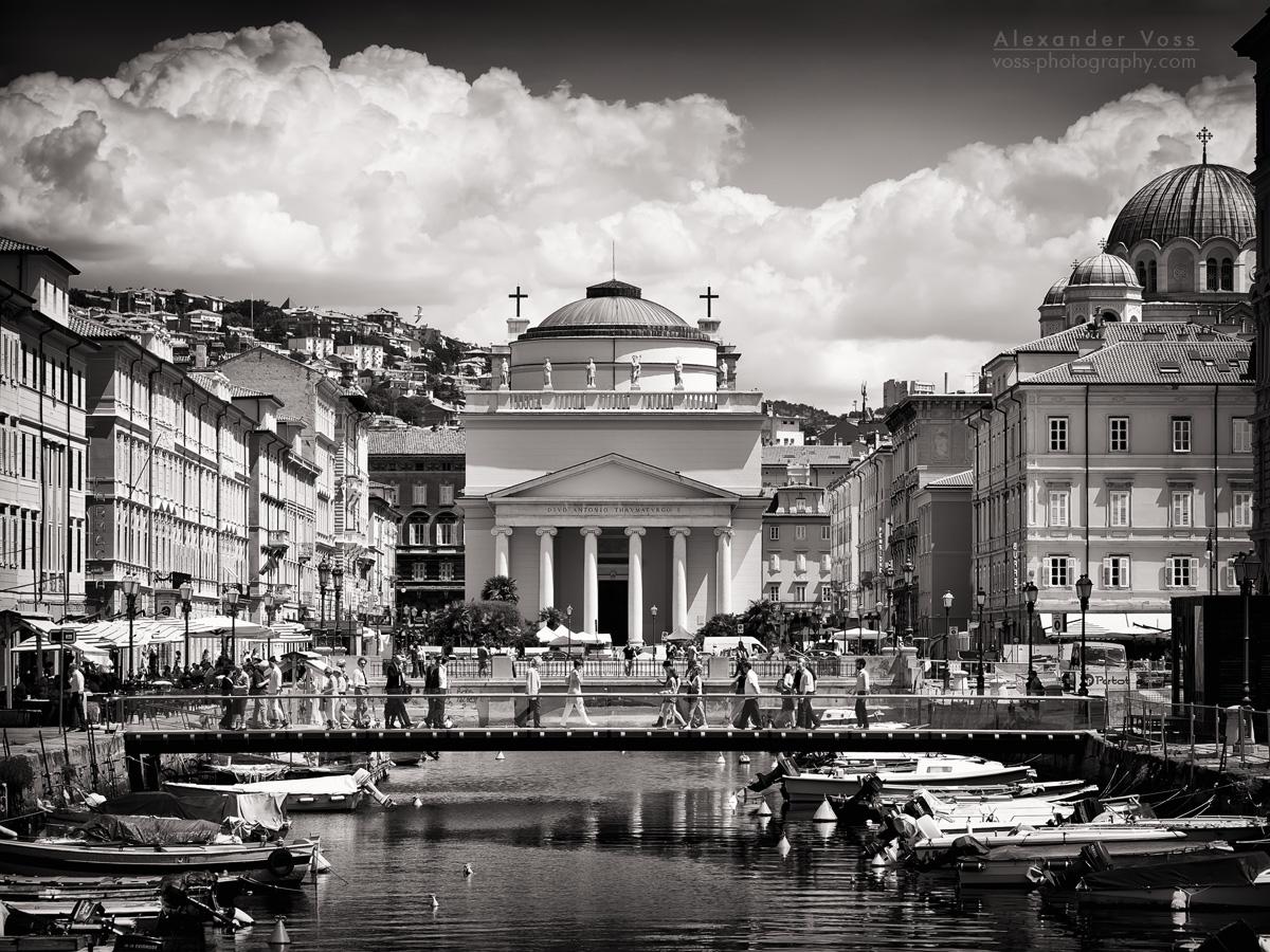 Black and White Photography: Trieste – Sant'Antonio Taumaturgo